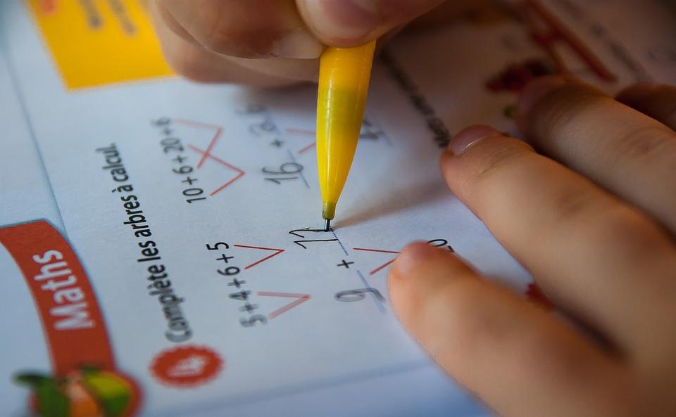 ▷ Comment trouver des cours particuliers de maths à Venelles pour votre  enfant du primaire, collège ou lycée Provence-Alpes-Côte d'Azur - Numéro 1  Scolarité