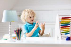 Aide et soutien scolaire pour enfants dyscalculiques