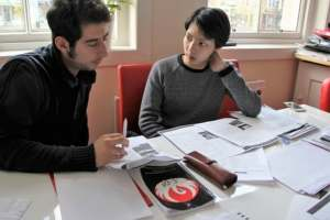 Comment aider un adolescent dyspraxique au collége ?