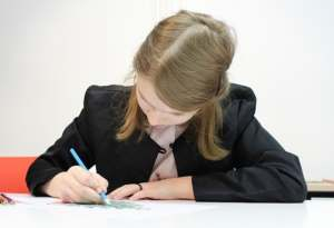 Comment aider un élève dyspraxique au lycée ?